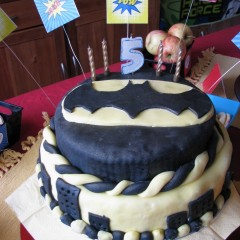 Superhero Party Food, Drinks and Cake Ideas